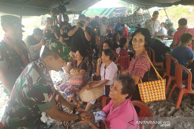 Pangdam Tanjungpura hadiri Petasan di perbatasan Indonesia - Malaysia