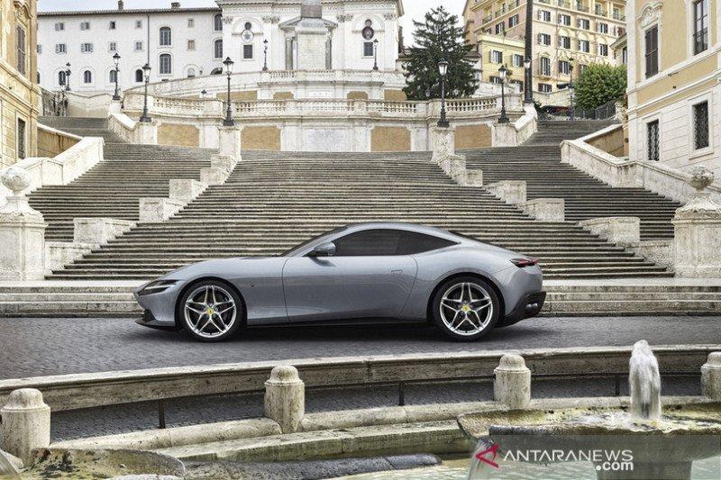 Ferrari masuki segmen hybrid lewat Roma sports coupe