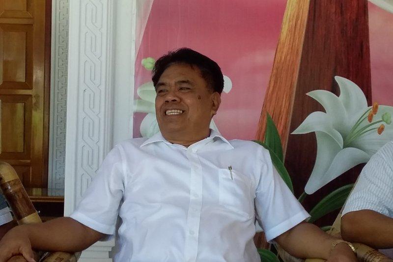 Bupat Sangihei: Pejabat  wajib selesaikan masalah masyarakat