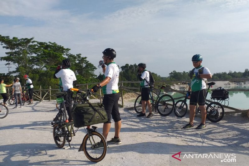"Peserta ""CitiCyclink Bike to Nature"" kagumi keindahan Belitung"
