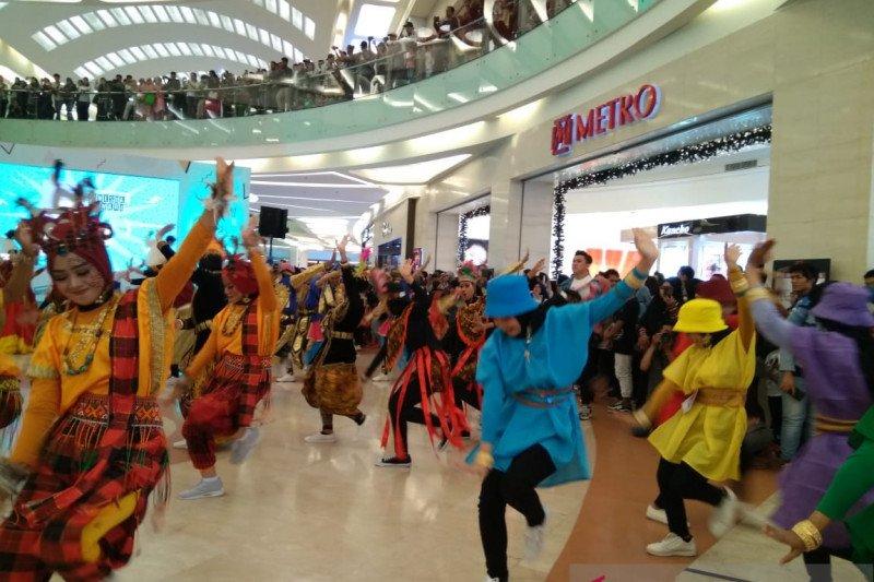 800 penari di Makassar meriahkan Indonesia Menari 2019