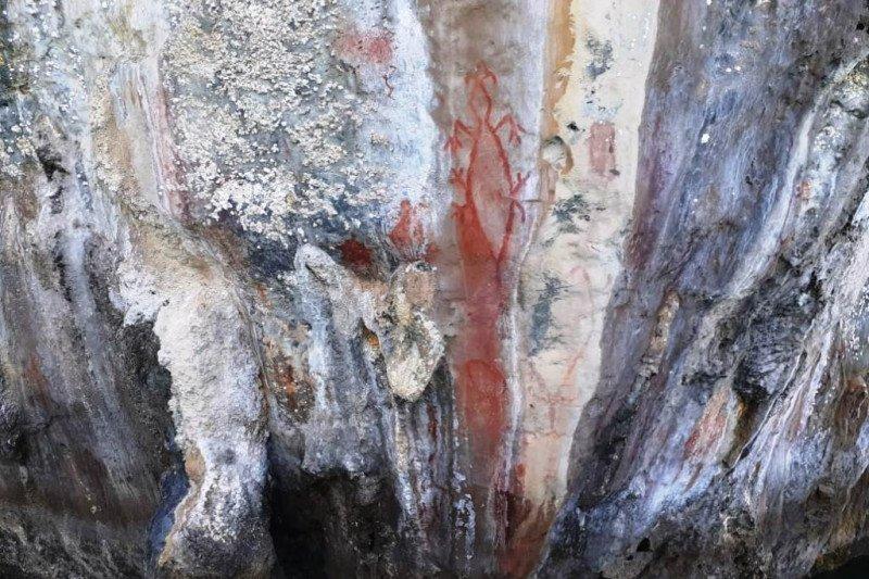 Lukisan prasejarah ditemukan di Situs Ambesibui di Teluk Wondama Pulau Rumberpon