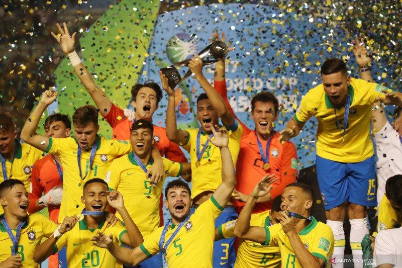 Tekuk Meksiko 2-1, Brazil juara Piala Dunia U-17