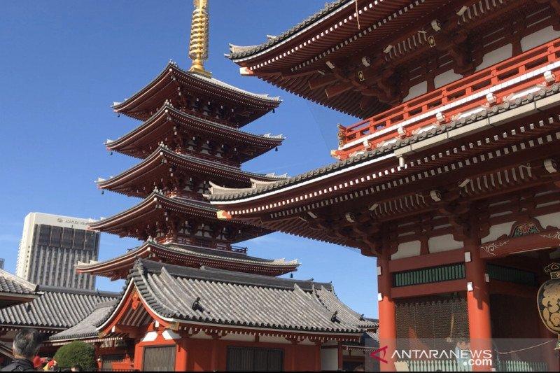 Berkunjung ke Kuil Sensoji Asakusa Tokyo