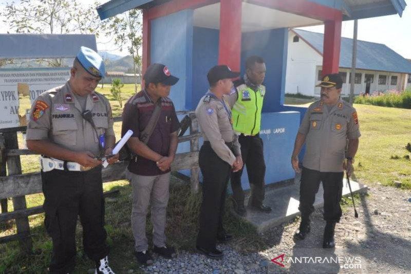 Polres Jayawijaya Papua tempatkan personel di setiap sekolah