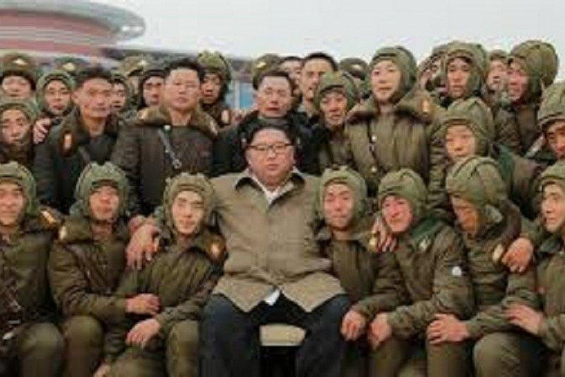Kim Jong Un awasi latihan pasukan udara saat AS, Korsel tunda latihan gabungan