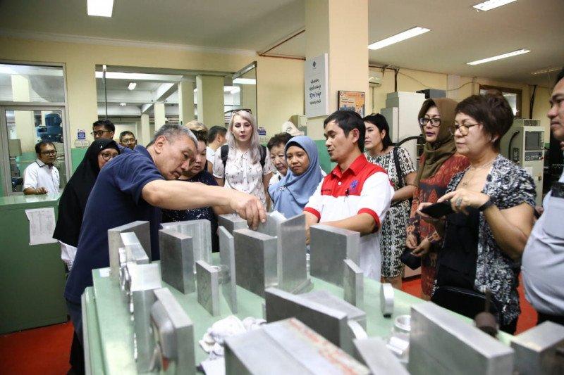 Delegasi Kirgizstan kunjungi empat Balai Latihan Kerja Indonesia