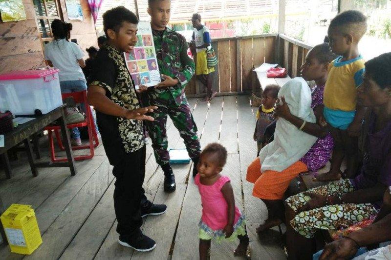 Yonif 713/ST gelar penyuluhan HIV/AIDS di perbatasan RI-PNG