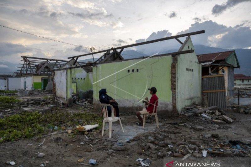 Pemerintah alokasikan dana bagi TNI bantu perbaikan rumah rusak Palu