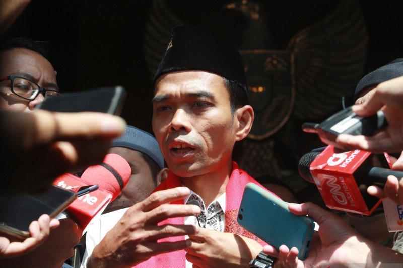 Ustadz Abdul Somad resmi ceraikan istrinya