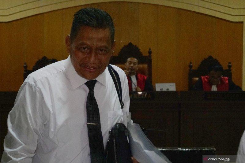 Guru Besar UII gambarkan kasus Bank Century dalam sidang suap imigrasi