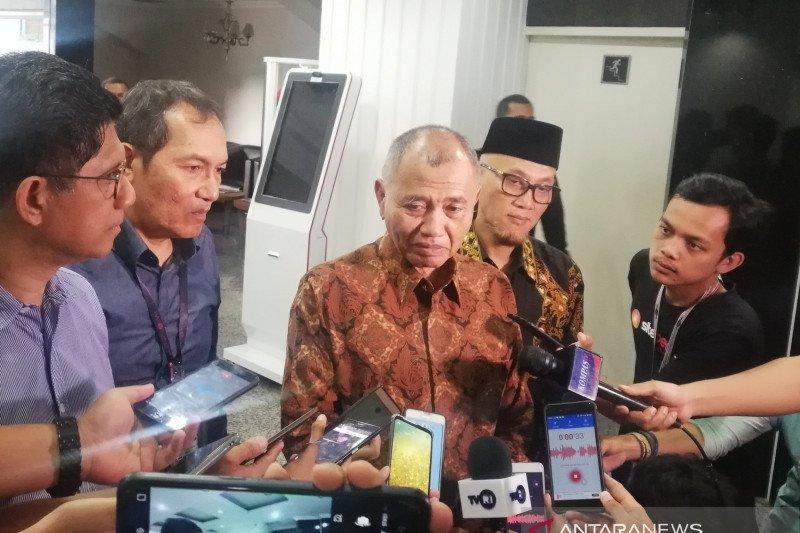 """Tiga Pimpinan KPK datangi Mahkamah Konstitusi ajukan """"judicial review"""" UU KPK"""