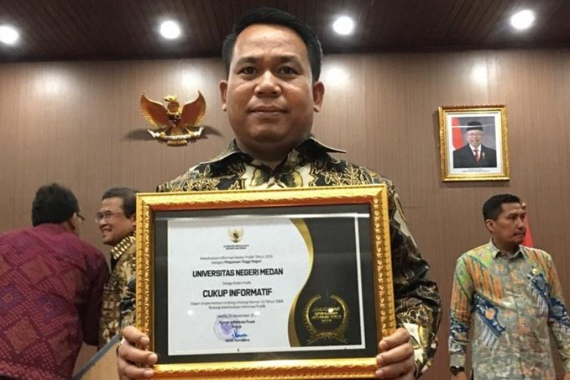 Rektor Unimed bersyukur menerima penghargaan anugerah KIP