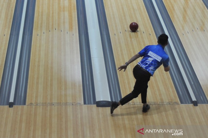 Atlet Bowling putra Indonesia lolos delapan besar Qubical AMF
