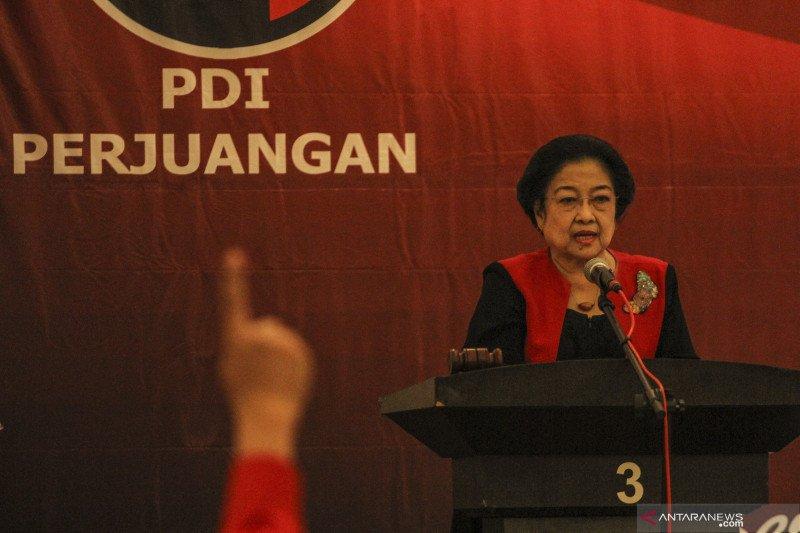 Megawati keluarkan Surat Perintah Harian pascapembakaran bendera