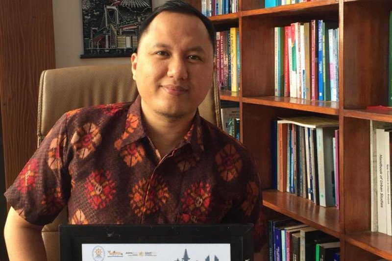Pakar: Sistem reformasi birokrasi pemerintah kota/kabupaten lambat