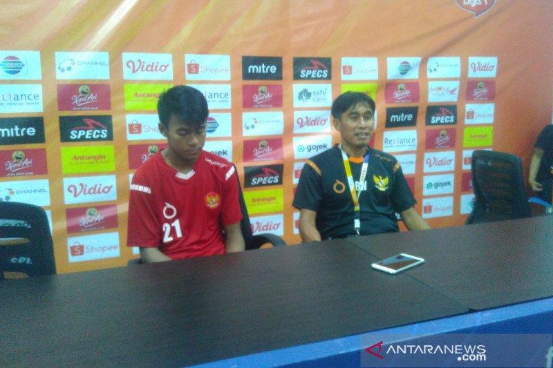 Pelatih tim pelajar Indonesia  minta maaf timnya gagal ke final