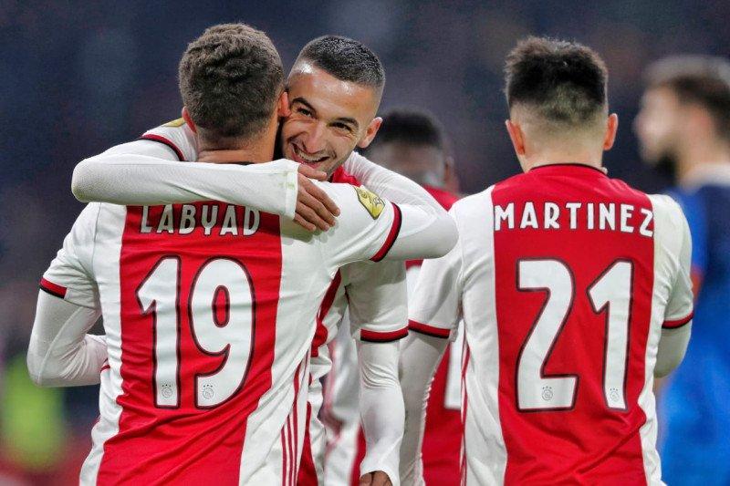 Gulung Heracles 4-1, Ajax pertahankan keunggulan enam poin
