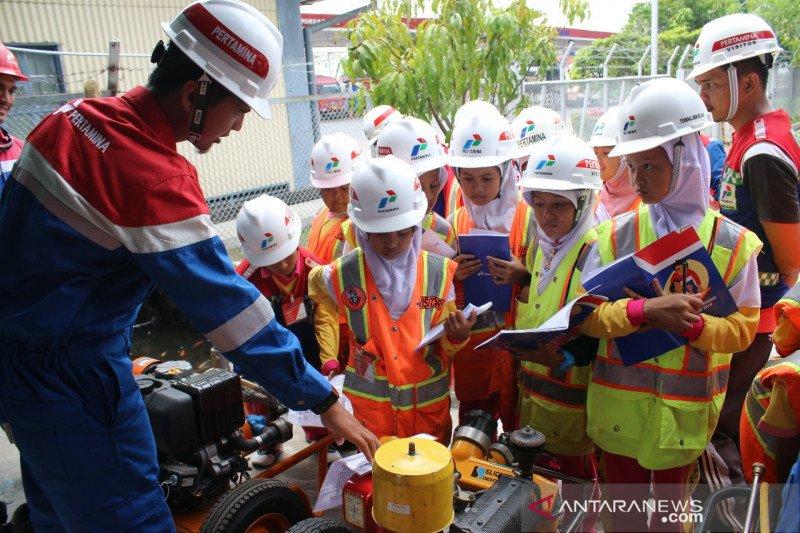 Pertamina ajak murid SD Pekanbaru kunjungi Fuel Terminal Sei Siak