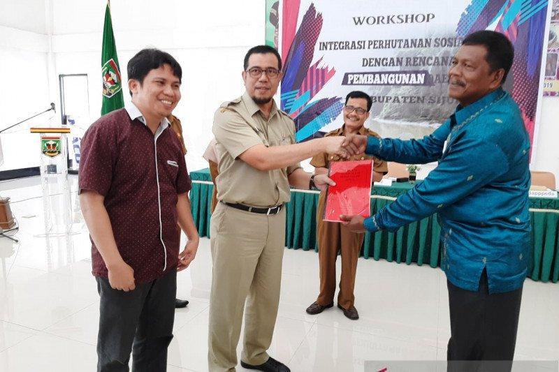 KKI Warsi gelar workshop integrasi perhutanan sosial di Sijunjung
