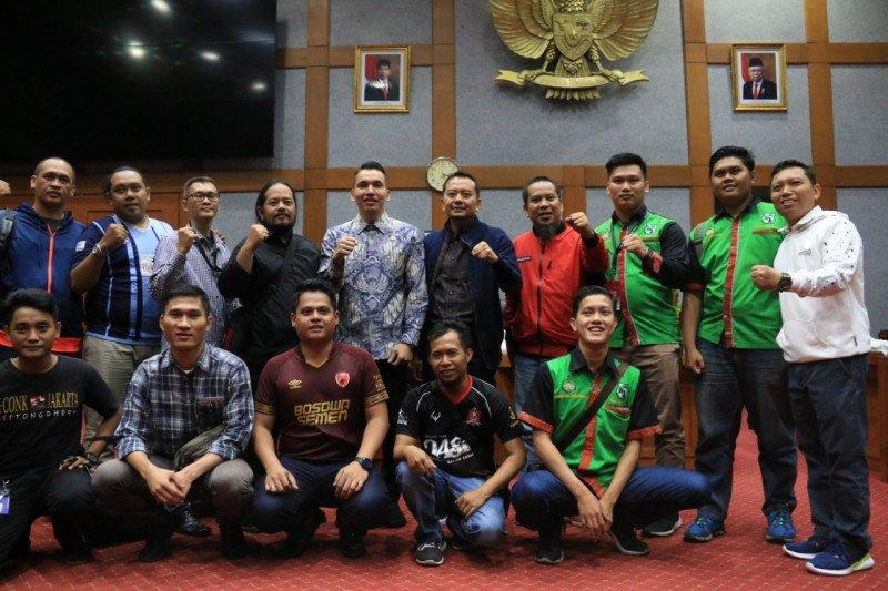 DPR minta pemerintah Malaysia minta maaf terkait penganiayaan terhadap suporter