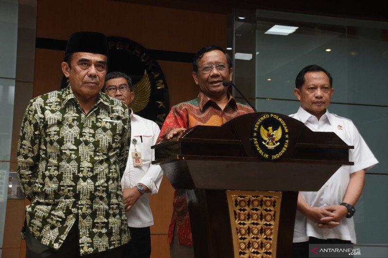 Kemarin, izin FPI hingga masyarakat adat dalam pindah ibu kota