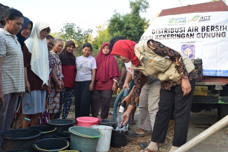 ACT-UII pasok air bersih hingga 120 tangki untuk Gunung Kidul