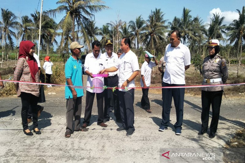Dinas Pertanian Kulon Progo percepat pembangunan jalan usaha tani di kawasan pesisir