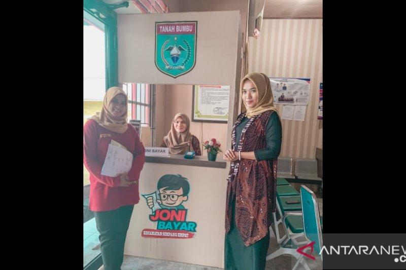 "Anidya Risa Destiana perempuan sukses jalankan program ""Joni Bayar"""