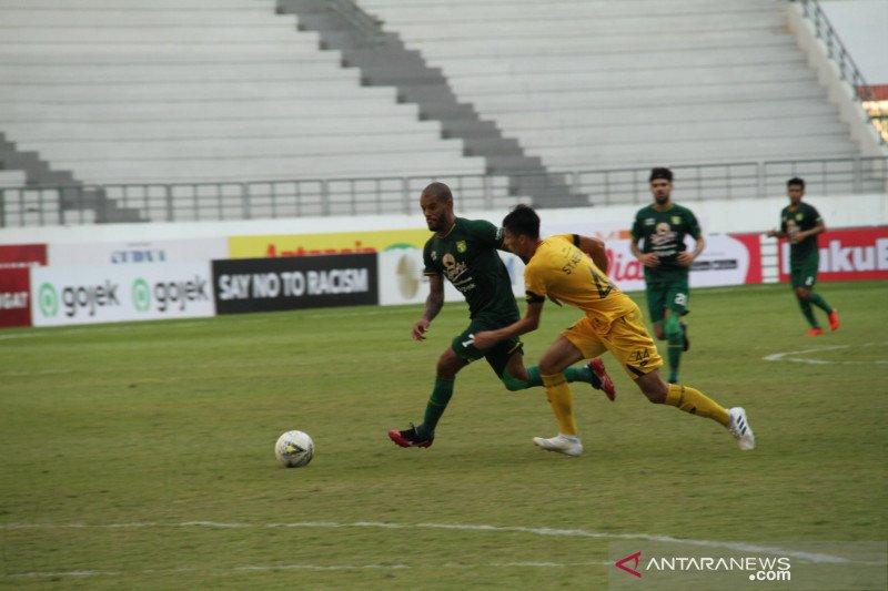 Persebaya ditahan imbang 1-1 oleh Semen Padang dalam partai usiran tanpa penonton