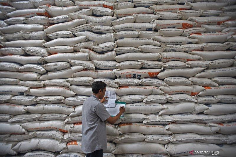 Persediaan beras di Sumsel cukup dan aman hadapi natal 2019