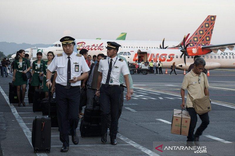 Landasan mengelupas, aktivitas Bandara Adisutjipto sempat terganggu