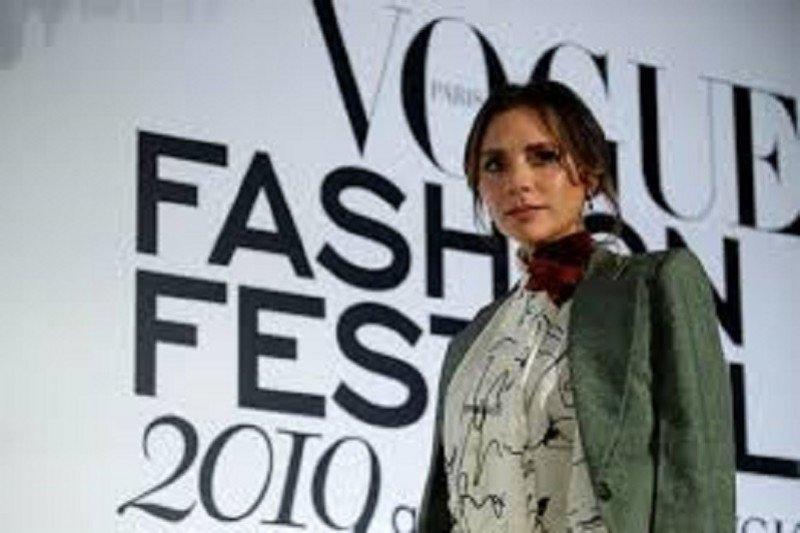 Label fesyen Victoria Beckham tak laku, kerugian capai miliaran rupiah