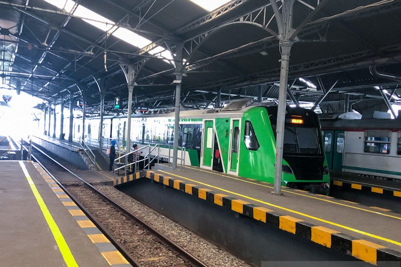 Perjalanan KA Bandara International Yogyakarta bertambah per 1 Desember