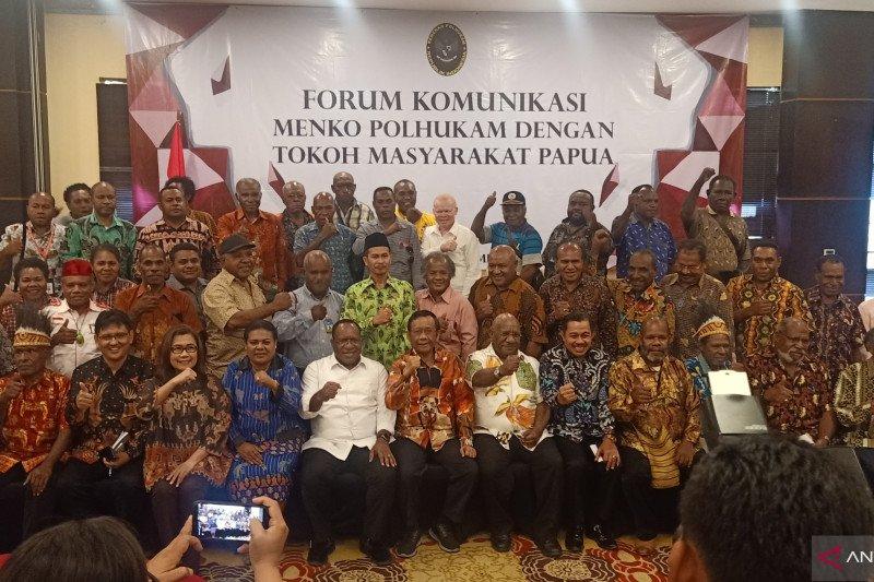 Menko Polhukam berdialog dengan tokoh Papua