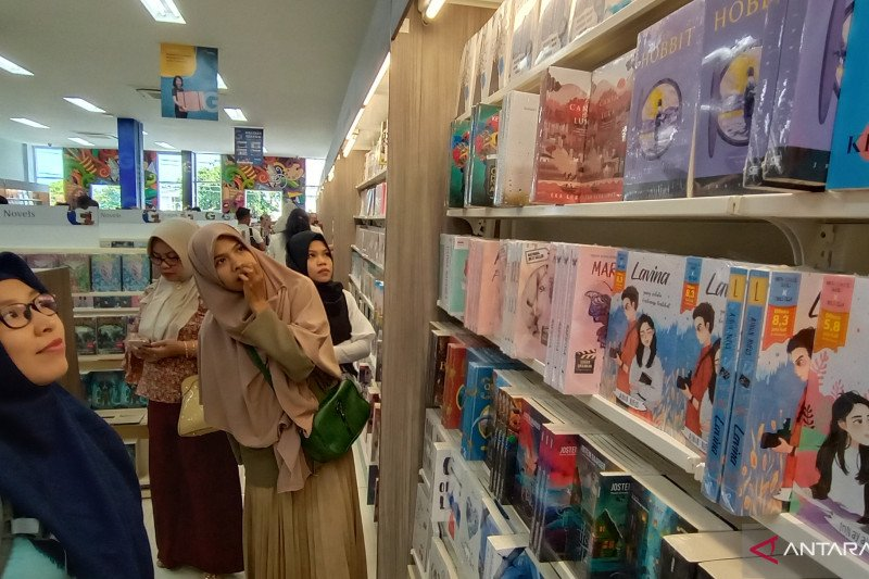 Toko Gramedia hadir di Kota Palu, siapkan 30.000 judul buku