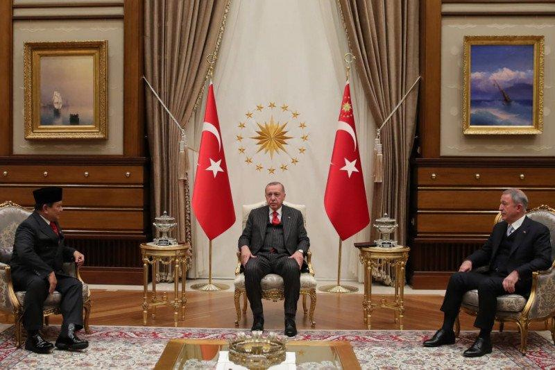 Menhan Prabowo Subianto bertemu Presiden Erdogan perkuat kerja sama pertahanan
