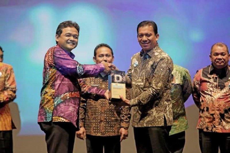 Padang Panjang terima penghargaan ketepatan alokasi anggaran