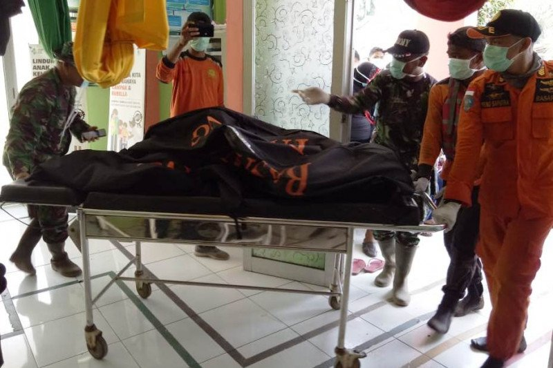 Mayat manusia dengan  kondisi terpotong gegerkan warga Silaut