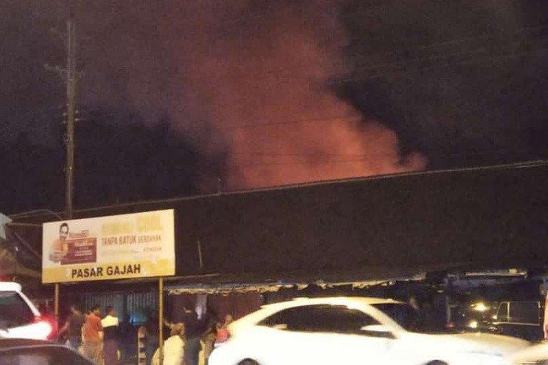Pasar Gajah Demak Jateng kembali terbakar