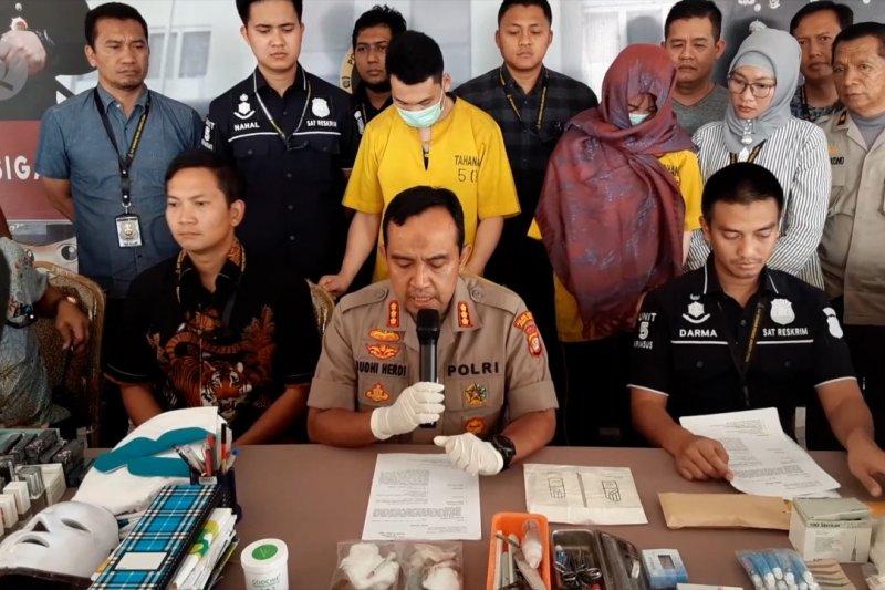 Dua WNA asal China buka salon kecantikan ilegal di Jakarta