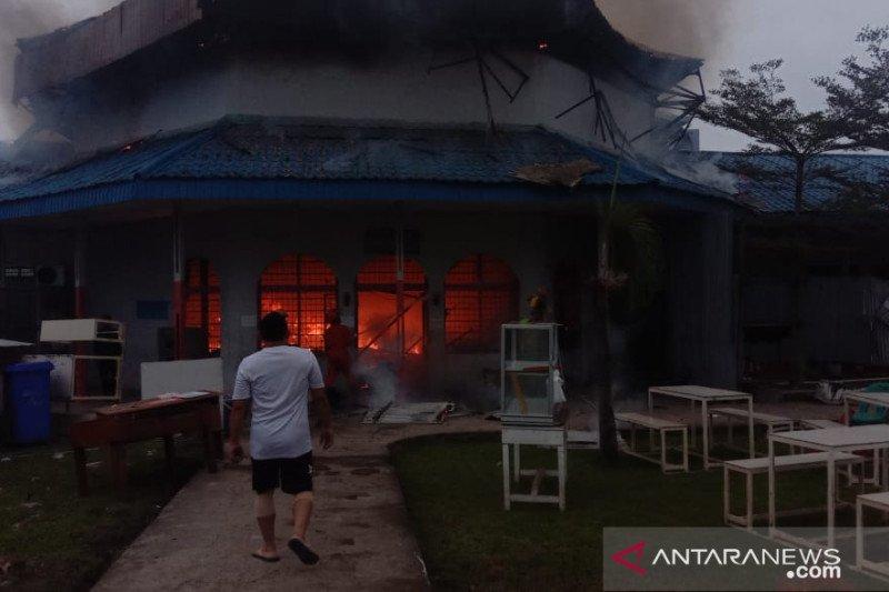 Bangunan di LP Wanita Tanjung Gusta terbakar