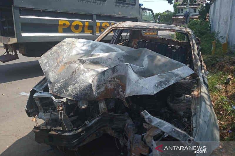 Polisi Cirebon tangkap dua buronan kasus perampokan