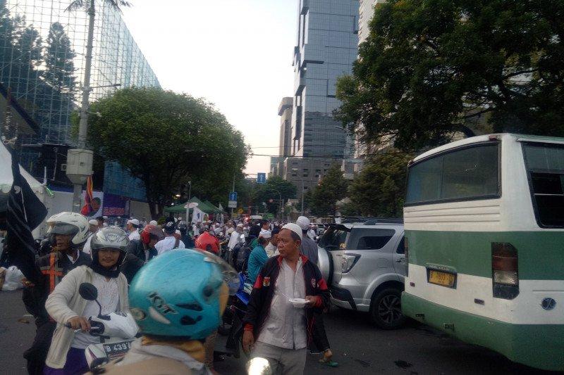 Kepadatan lalu lintas terjadi  imbas Reuni 212