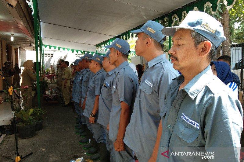 10 keluarga calon transmigran asal Bantul berangkat ke Kalimantan Utara