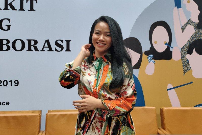 Tantangan Yura Yunita saat terjemahkan lagu ke bahasa isyarat