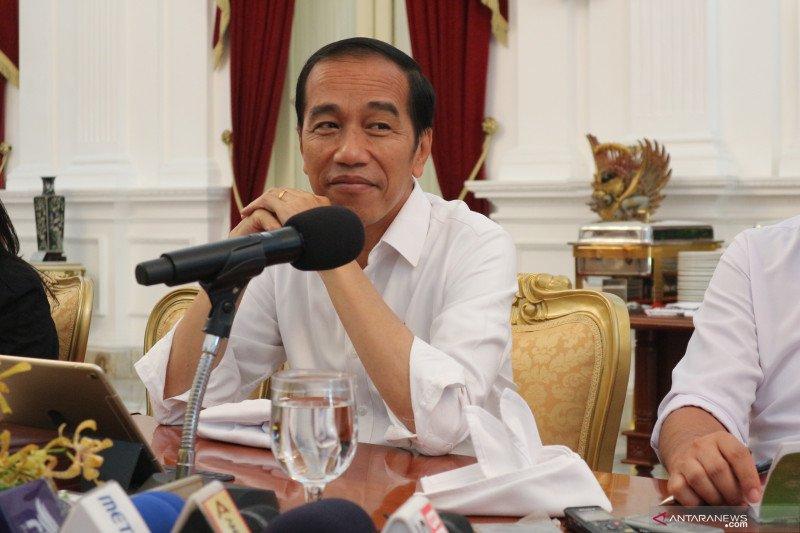 "Jokowi : Ganti birokrat dengan ""artificial intelligence"" demi kecepatan"