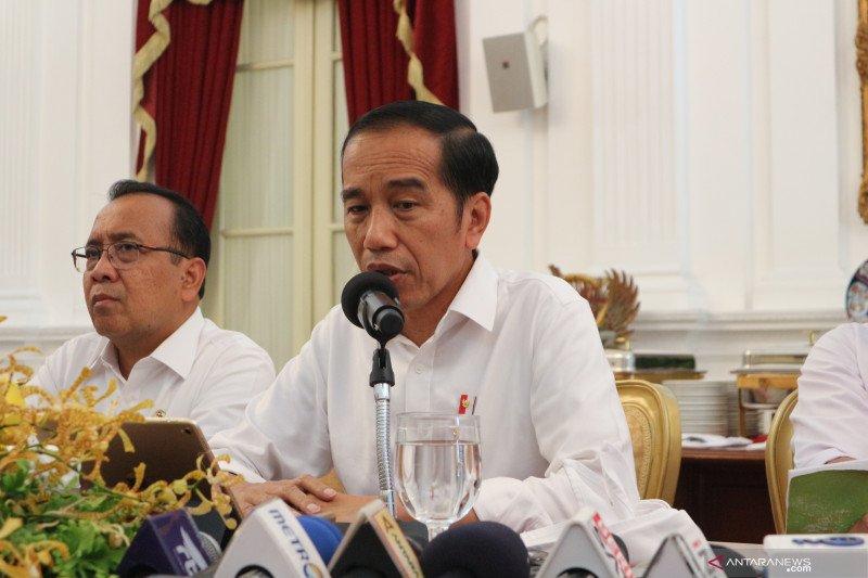 Jokowi tanggapi tiga periode sampai standarisasi da