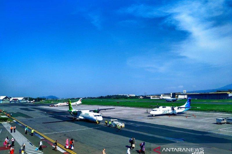Bandara Husein Bandung dijadikan pusat penerbangan pesawat baling-baling