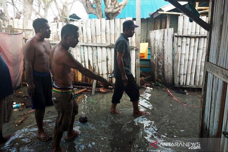 Dampak kerusakan air laut pasang di Kabupaten Buru ditinjau BPBD